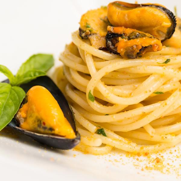 villaggio-villa-giulia-gioiosa-marea-sicilia-ristorante
